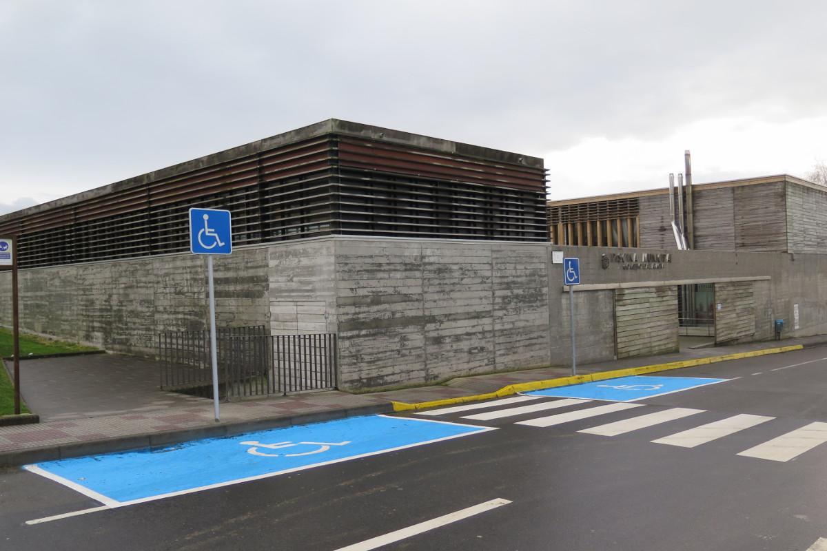 Concello da laracha for Piscina municipal arteixo